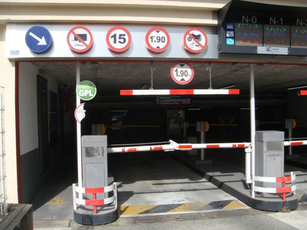 Découvrez quelques propositions pour gérer les accès d'un parking